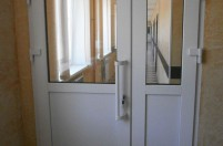 Дверь из ПВХ профиля